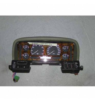 Jaguar XJ 40 Tacho, Drehzahlmesser